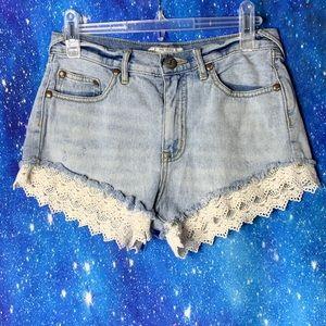 Free People- Light Wash Jean Shorts w/Lace Hem 26